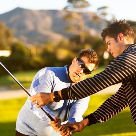 10 Basic Golf Swing Tips for Beginners