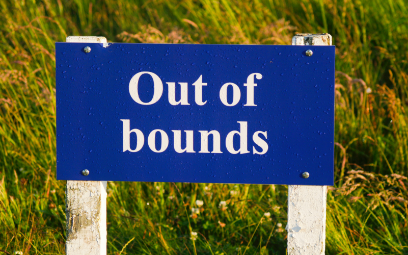 Golf out of bounds
