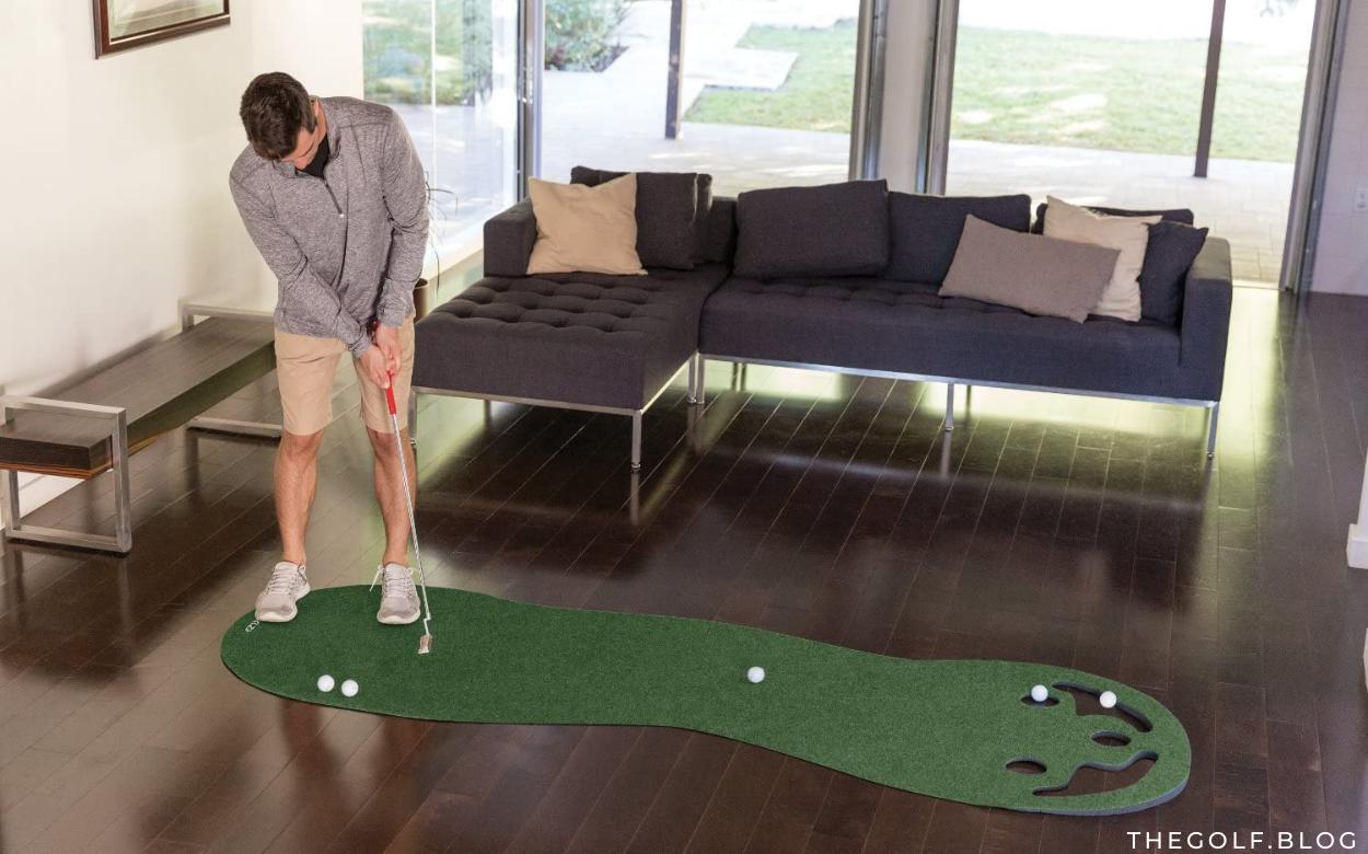The Best Indoor and Outdoor Golf Putting Greens